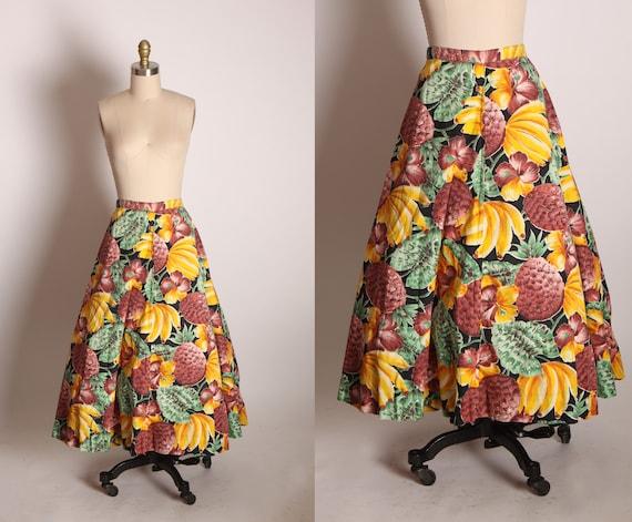 1950s Brown, Yellow, Black and Green Novelty Hawaiian Tiki Pineapple Banana Print Skirt