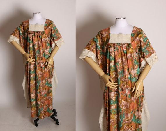 1970s Cream, Brown and Green Painterly Novelty Ballerina Muu Muu Caftan Dress