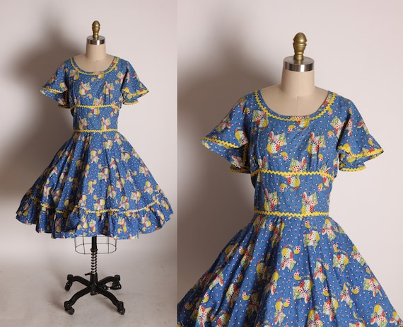 1970s Blue, Yellow and Red Novelty Patchwork Cat Ric Rac Trim Short Flutter Sleeve Square Dance Cottagecore Prairie Dress -M