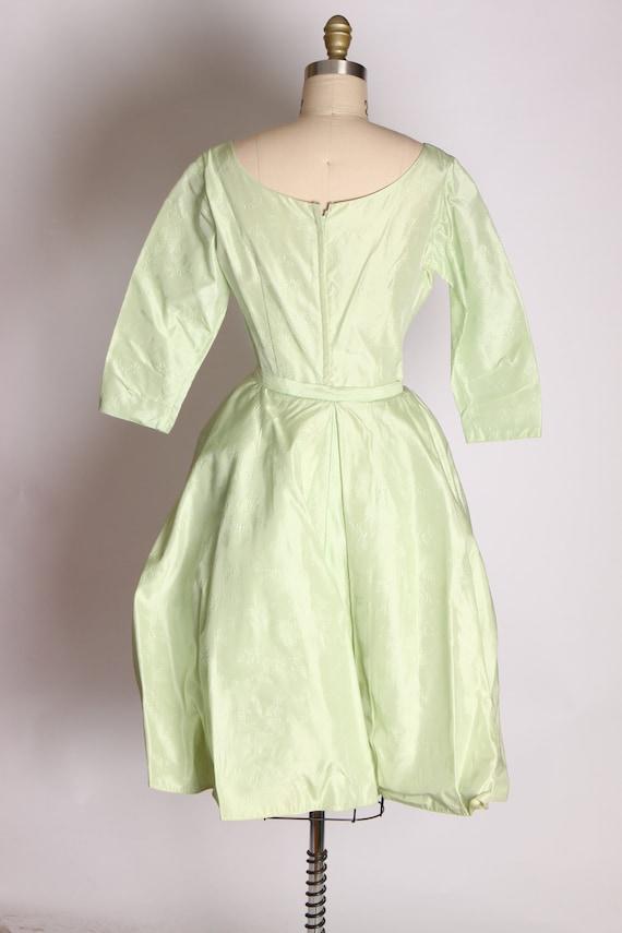 1950s Mint Green Taffeta Floral Print Brocade Dre… - image 10