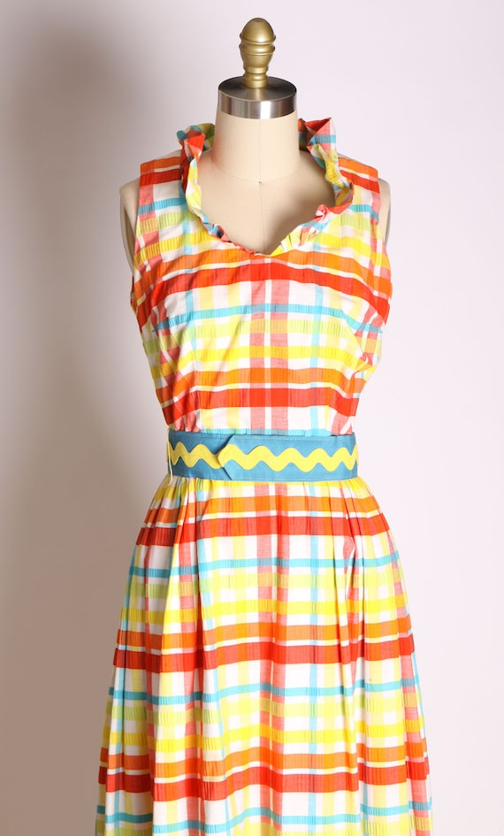1960s Red Blue Green and Yellow Plaid Zig Zag Ful… - image 2