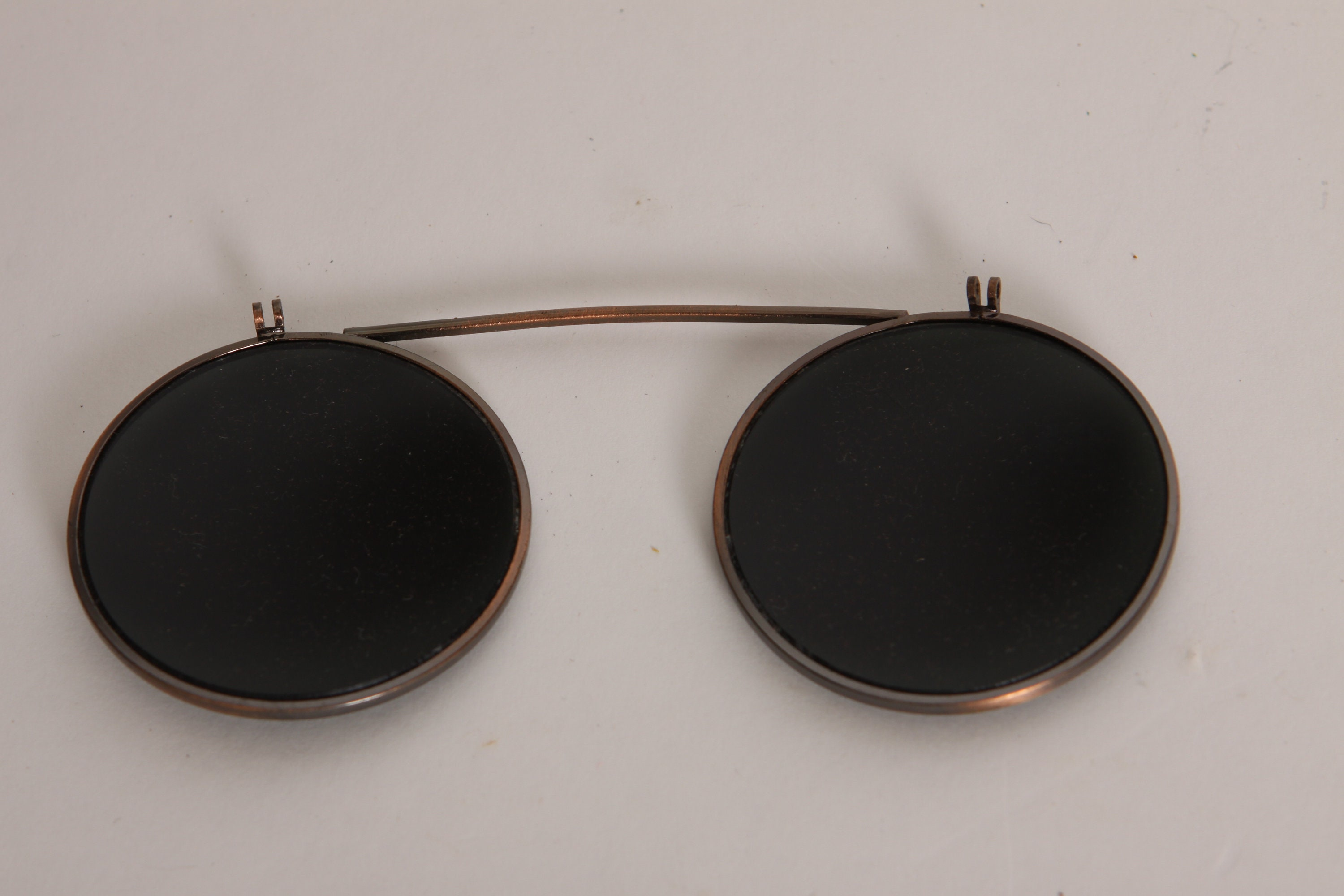 1940s Brass Tone Metal Frame Round Glass Lens Clip On