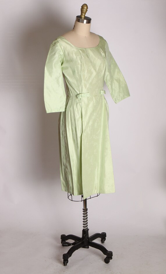 1950s Mint Green Taffeta Floral Print Brocade Dre… - image 6