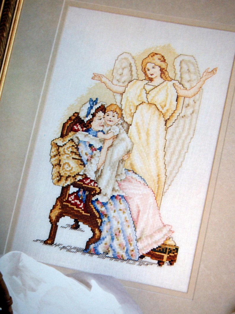 Angels Remembered By Leisure Arts Hardcover Vintage Cross image 0