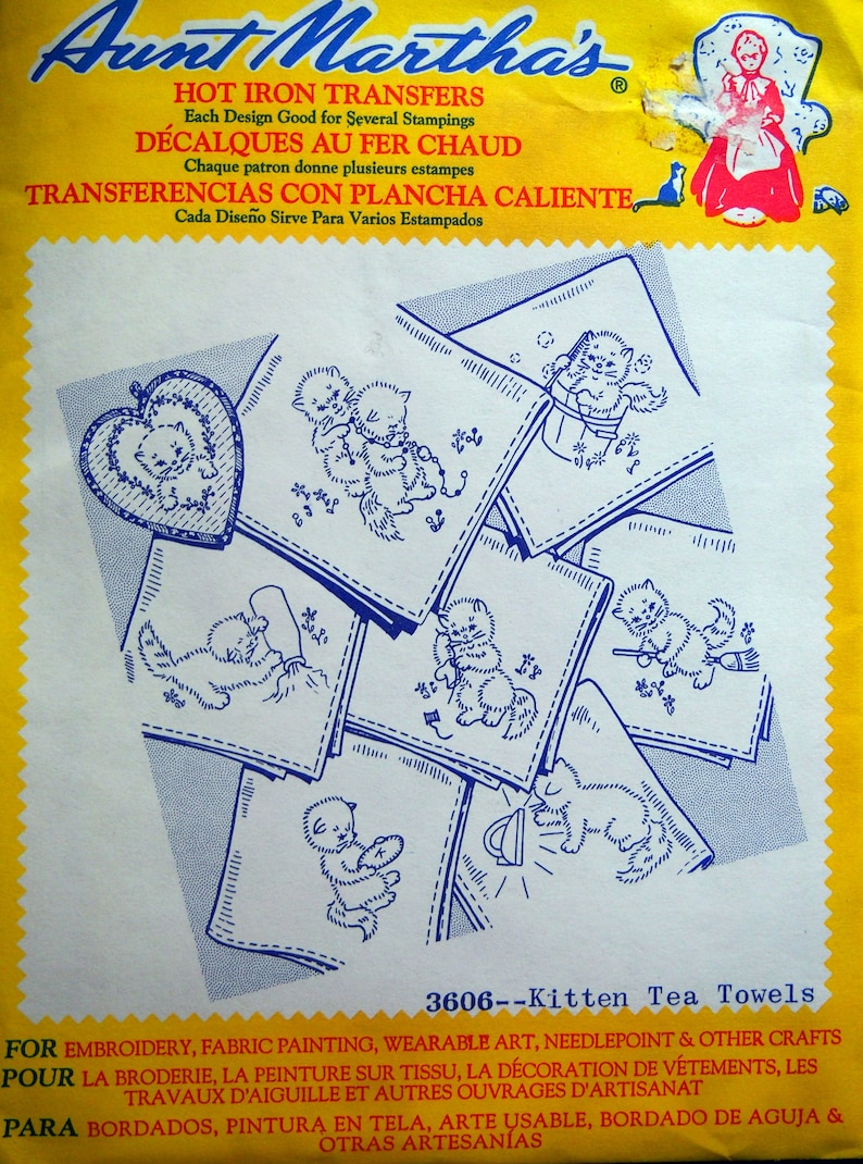 Kitten Tea Towels 3606 Aunt Martha's Hot Iron Transfer Embroidery Pattern  Unused 1990s