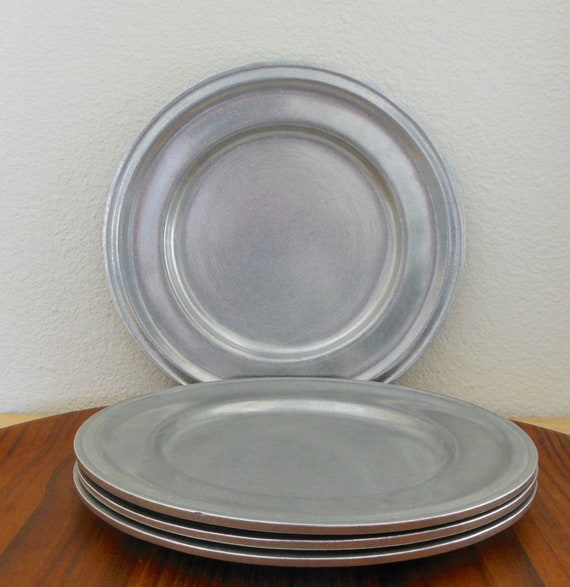 & 4 Carson Statesmetal Dinner Plates Danforth Pattern PA Pewter