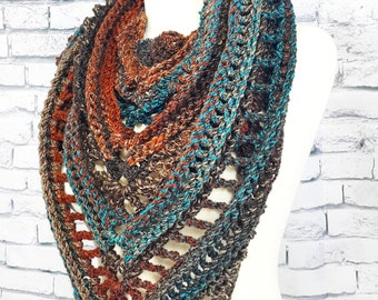 Bulky Boho Triangle Scarf | Gift for Her | Made to Order Winter Scarf Wrap | Multiple Color Options | Chunky Knit Scarves | Gift for Him