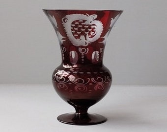 Egermann Novy Bor Bohemian ruby red vase with an etched decoration.