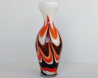 Florence retro vaas in de kleuren bruin, oranje en wit.