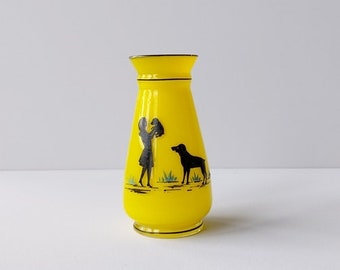 Art deco vase in yellow tango glass.