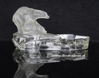Ashtray Art Deco glass object polar bears on ice floes, Karel Zentner.