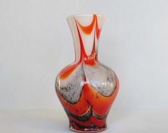 Opaline glas in oranje, grijs en wit c 1970 Florence Italië.