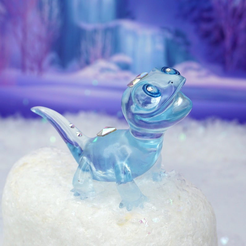 Frozen Salamander Ice Sculpture image 0