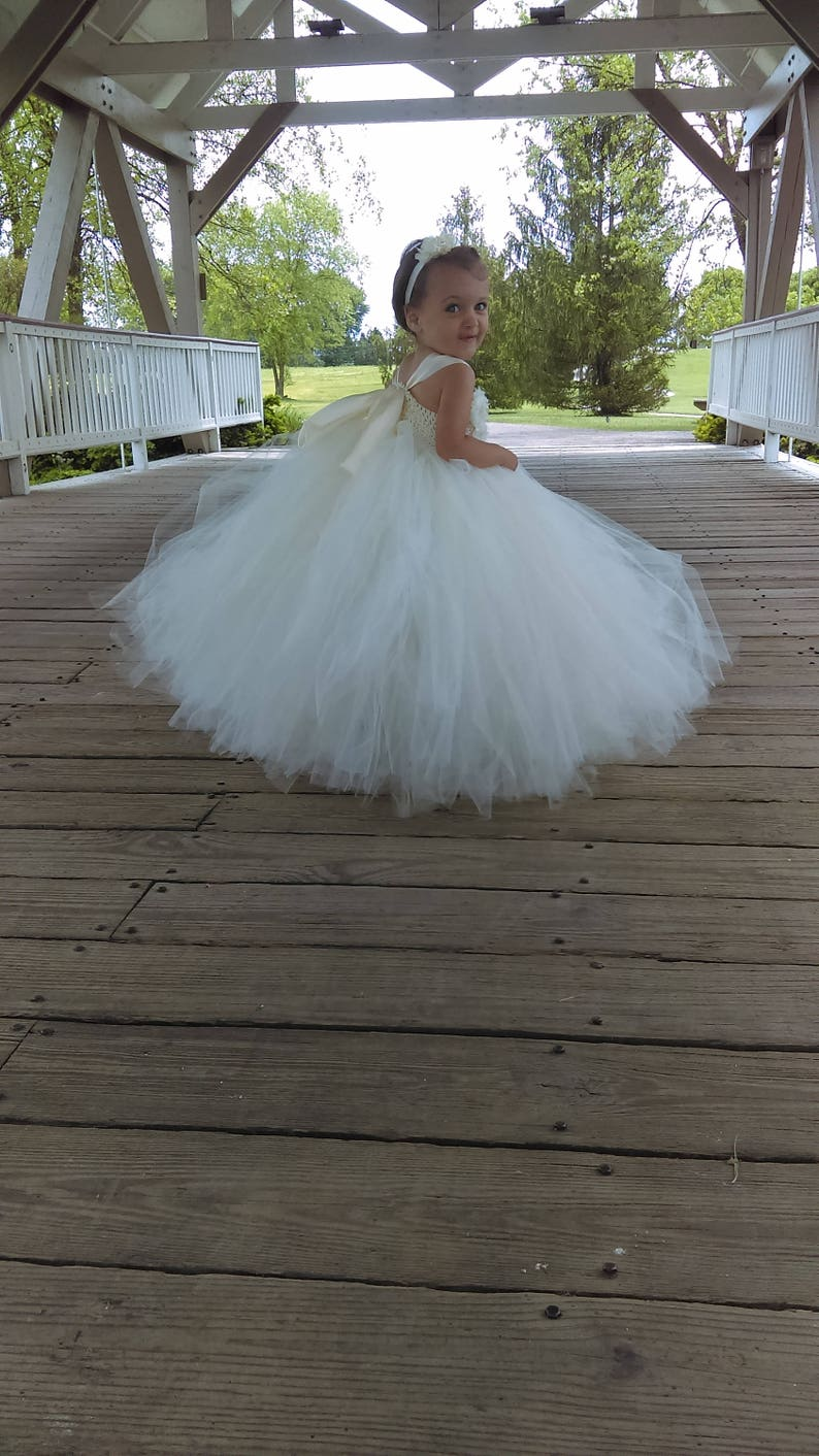 Flower girl dress  Tulle flower girl dress  Ivory Dress  image 0