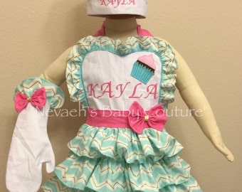 Cupcake Apron Bakers Hat Bakers Oven mit Cupcake Birthday Set Mint Gold Chevron