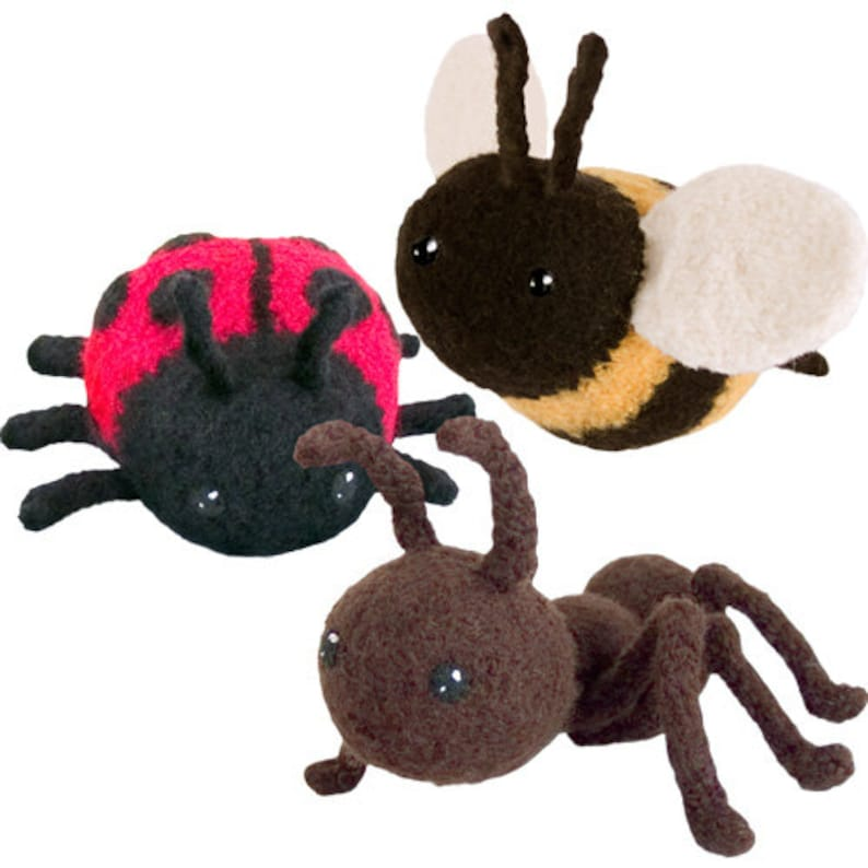Buggin' Out Felted Knitting Amigurumi Pattern with Ant image 0