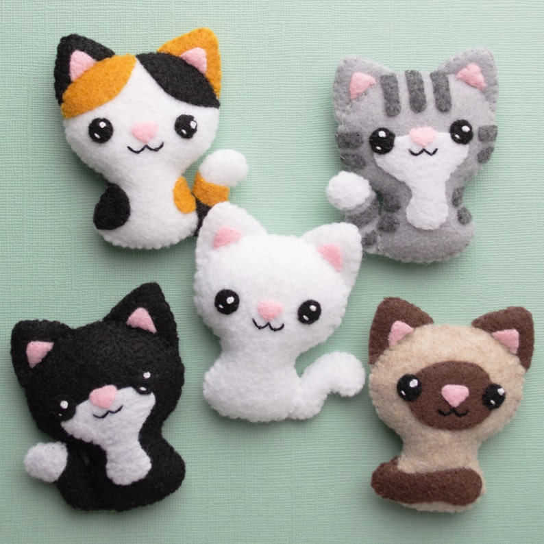 Felt Cat Sewing Pattern image 0