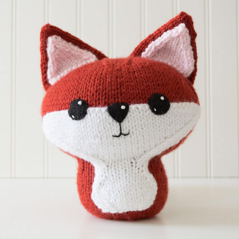 Amigurumi Fox Knitting Pattern image 0