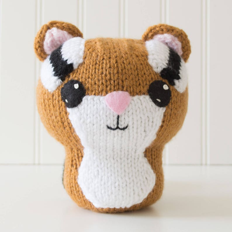 Amigurumi Chipmunk Knitting Pattern image 0
