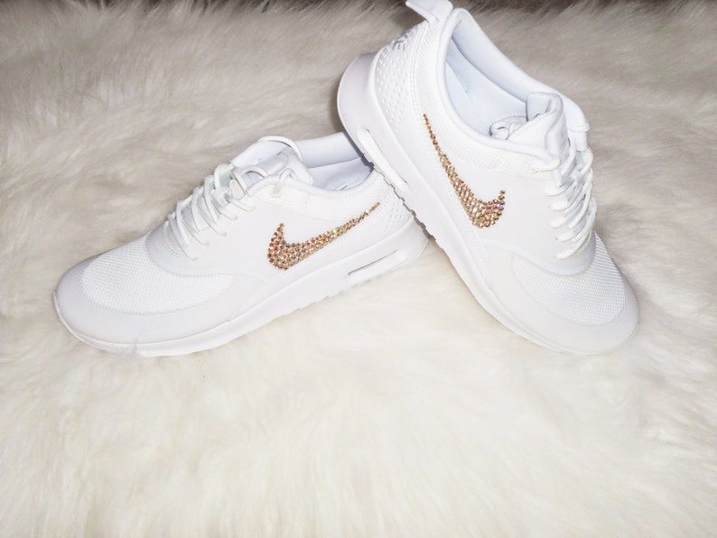 e88c2999e3658 Get the gold on Sale Women s Nike Air Max Thea Running