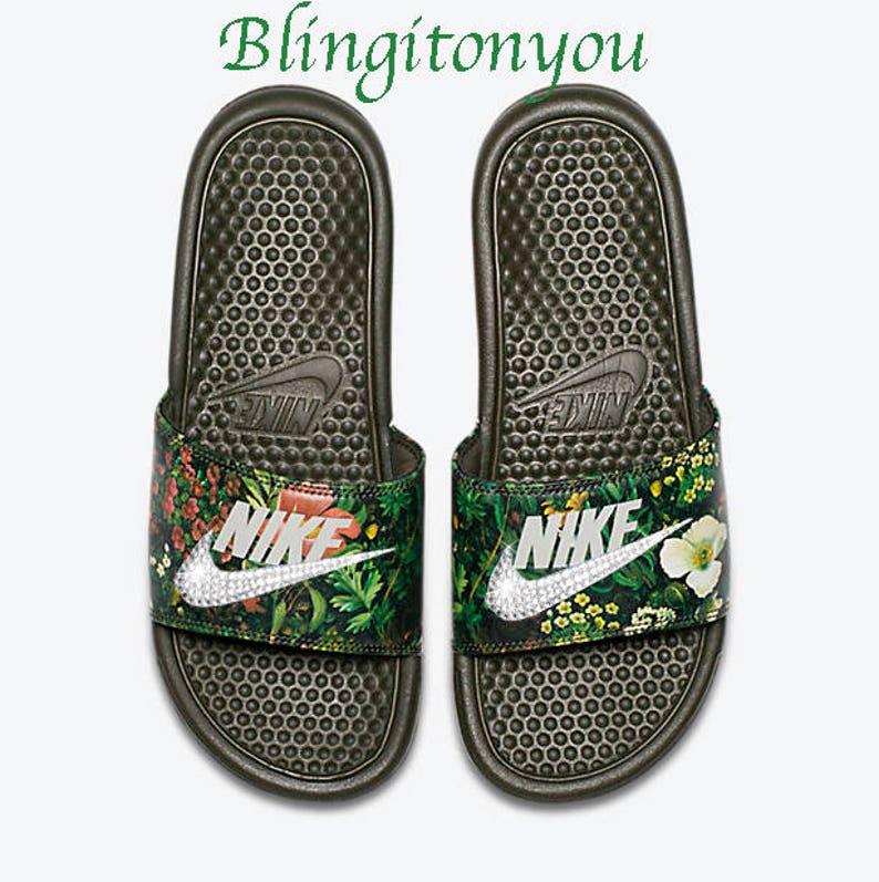 New Women s Swarovski Nike Benassi Floral Print Slide  bb27cf6b8d
