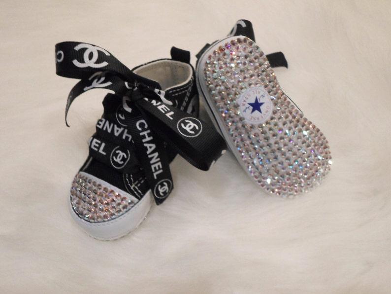 5fc6cdeea3d8a Lit vente bébé noir Converse chaussures Swarovski cristaux