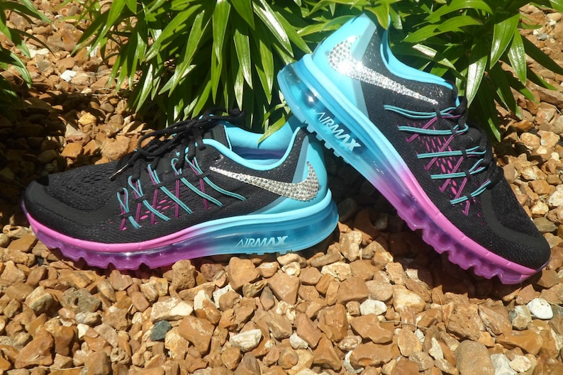 f6077d059b18 Last pair Will ship within 24 hours Women s Nike Air Max