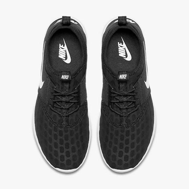 f9484d7b6e02a1 Nike Damen Juvenat Schuhe schwarz weiß benutzerdefinierte
