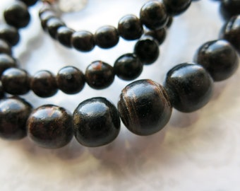 Black Collectible Vintage Graduated Beads Rare Not Dyed or Waxed Gorgeous Browns Black Coral Natural Burgundy Flash Handcut Rounds