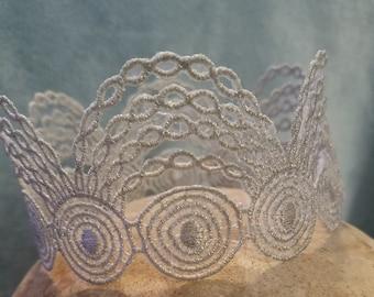 Silver Lace Mini Crown