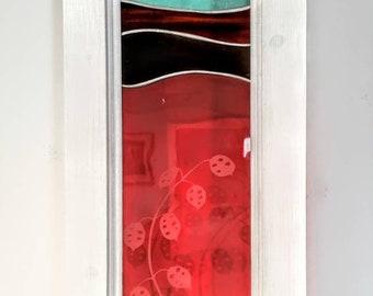 Pink honesty glass panel.