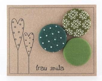 Button set • Fabric • Green • Pins • Various Patterns