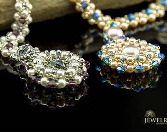 Swarovski Necklace/handmade Beaded Necklace/Swarovski pendant necklace/Swarovski pendants/Pearl necklace