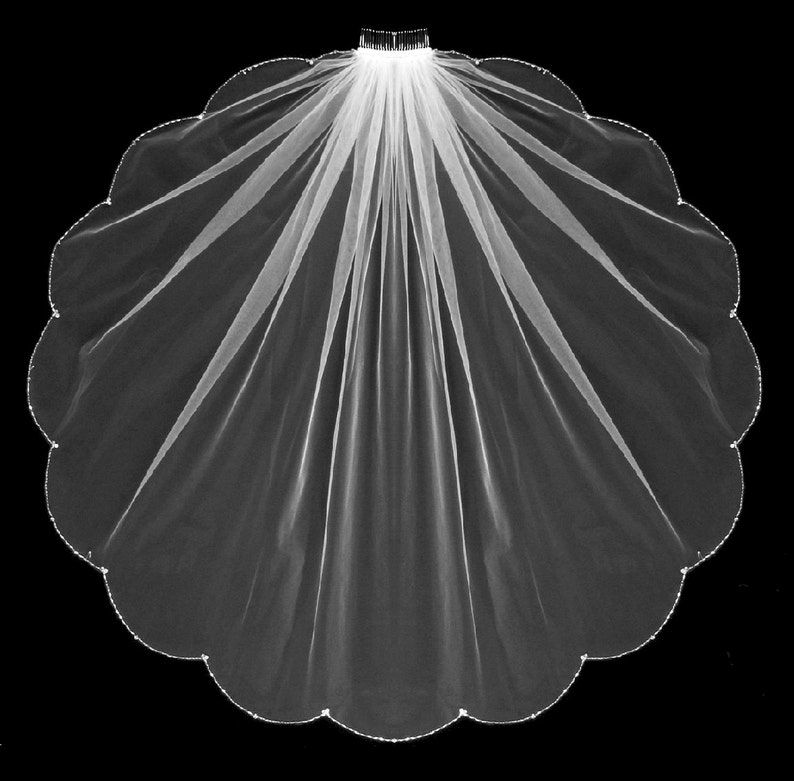 Crystal and Rhinestone Beaded Edge Scallop Knee Waltz image 0