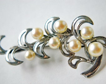 Vintage Sterling Silver and Cultured Pearl Filigree Brooch