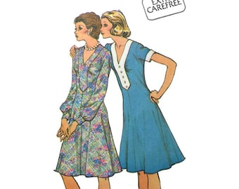"""Women's Flared Dress Sewing Pattern Misses Size 10 Bust 32.5"""" Vintage 1970's Uncut McCall's 4033"""