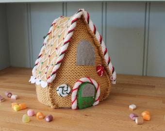 Beginners Knitting Kit / Christmas decorations / Gingerbread House / DIY / Knitting Pattern / knitting kit / Christmas