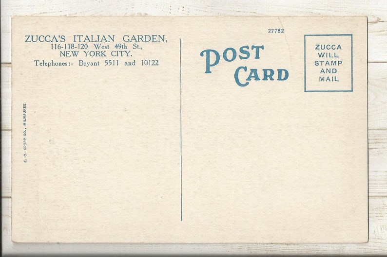 New York 1920s White Border WB Postcard- Interior View of Zucca/'s Italian Garden Restaurant West 49th Street N.Y.C. New York City N.Y.