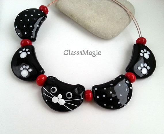 jewelry making flamework red Lampwork artisan beads,glass mittens hat Set of handmade glass beads murano glass