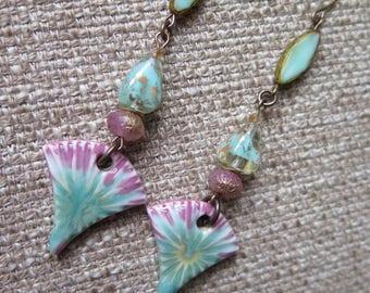 mint and pink earrings, pretty feminine long earrings, long pink earrings, pastel earrings, pastel jewelry, long pastel earrings, spring