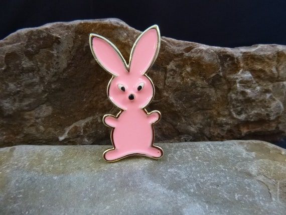Adorable Pink Bunny Brooch | Vintage Beatrix Spring Summer Easter Bunny Pin pre-1975