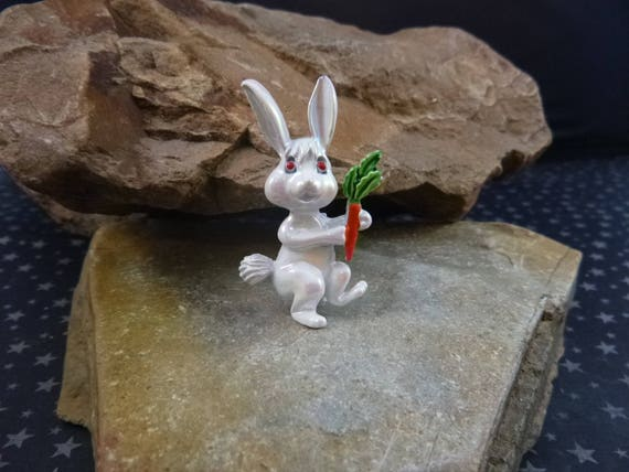 White Vintage Easter Bunny with Carrot Iridescent Pin Signed Gerry's