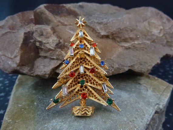 ART Signed Lacy Layer Vintage Christmas Tree Brooch | Small Baguette Candles with Rhinestones | Book Piece