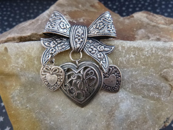 Victorian Revival Inspired Bow with Three Dangling Hearts Sweet Vintage Brooch