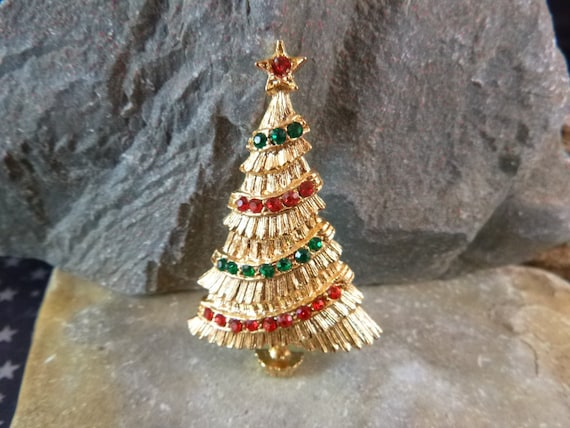BJ  (Beatrix) Christmas Garland Tree Vintage Pin Book Piece circa l970-80s