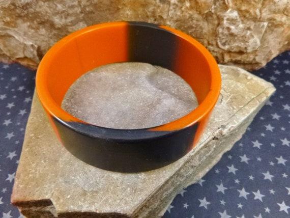 Halloween Orange and Black Vintage Plastic Bangle Bracelet | Timeless Halloween Accessory
