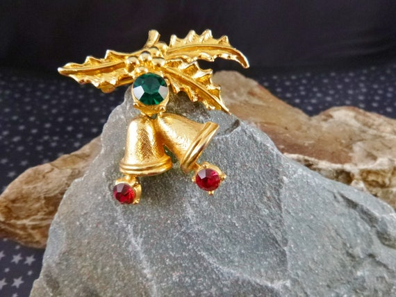 Double Bell Holiday Red and Green Vintage Articulated Brooch | Christmas Bell Pin