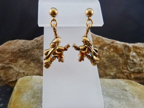 1994 Dangling Witch on Broom Vintage Avon Earrings | Rarely Found | Spooky Halloween Post Earrings in Original Box | Book Piece