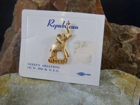 "Republican Elephant Vintage Lapel Pin | Gerry's Creations ""Grow"" Message Under Elephant with Trunk Up 