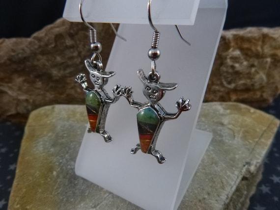 Southwest Style Colorful Vintage Figural Earrings | Dangling Western Flair Pierced Earrings